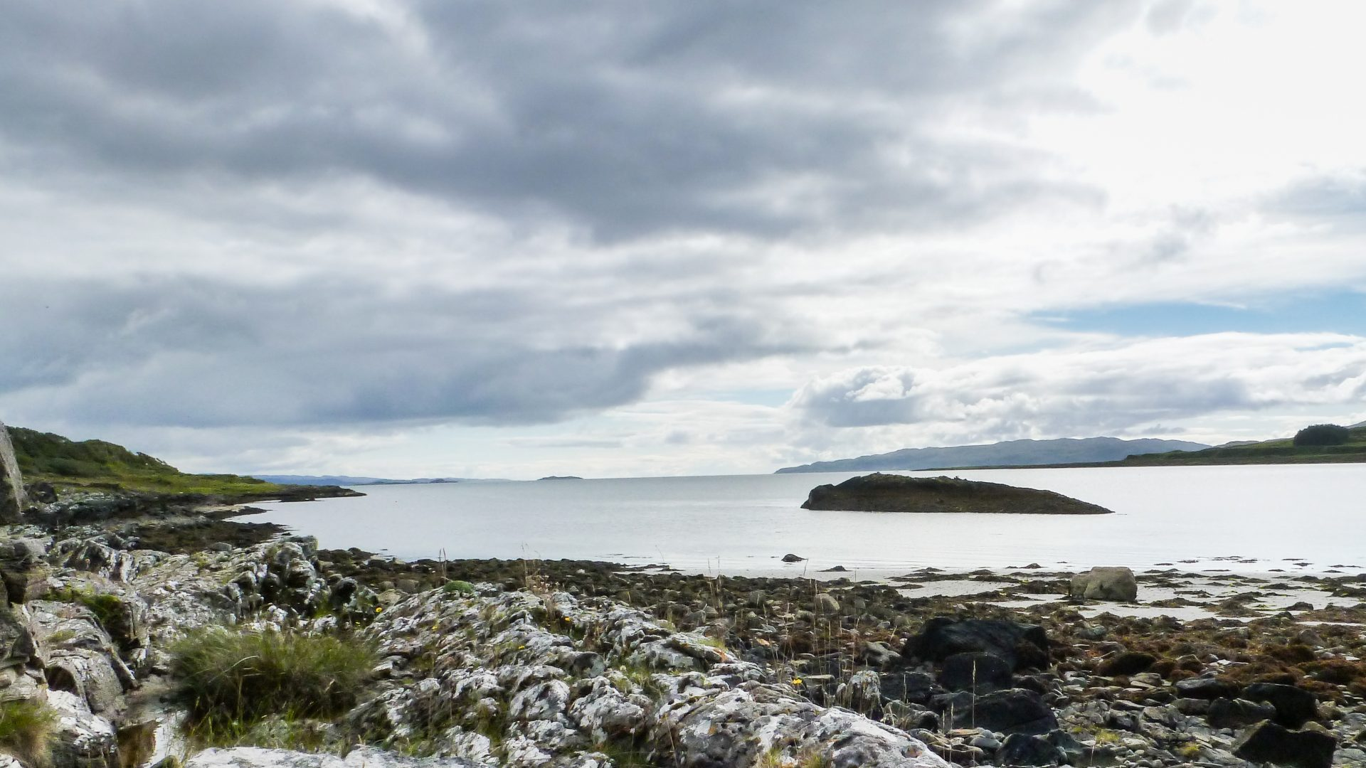 Experiencing nature: South Bay, Shuna, an island escape