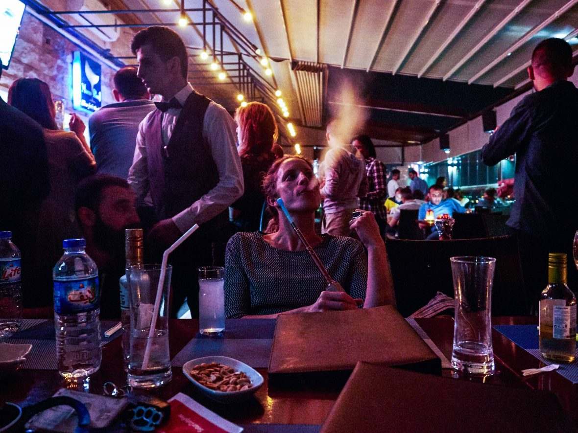 A bar scene in Bazari Nishtiman, Erbil, Iraq.