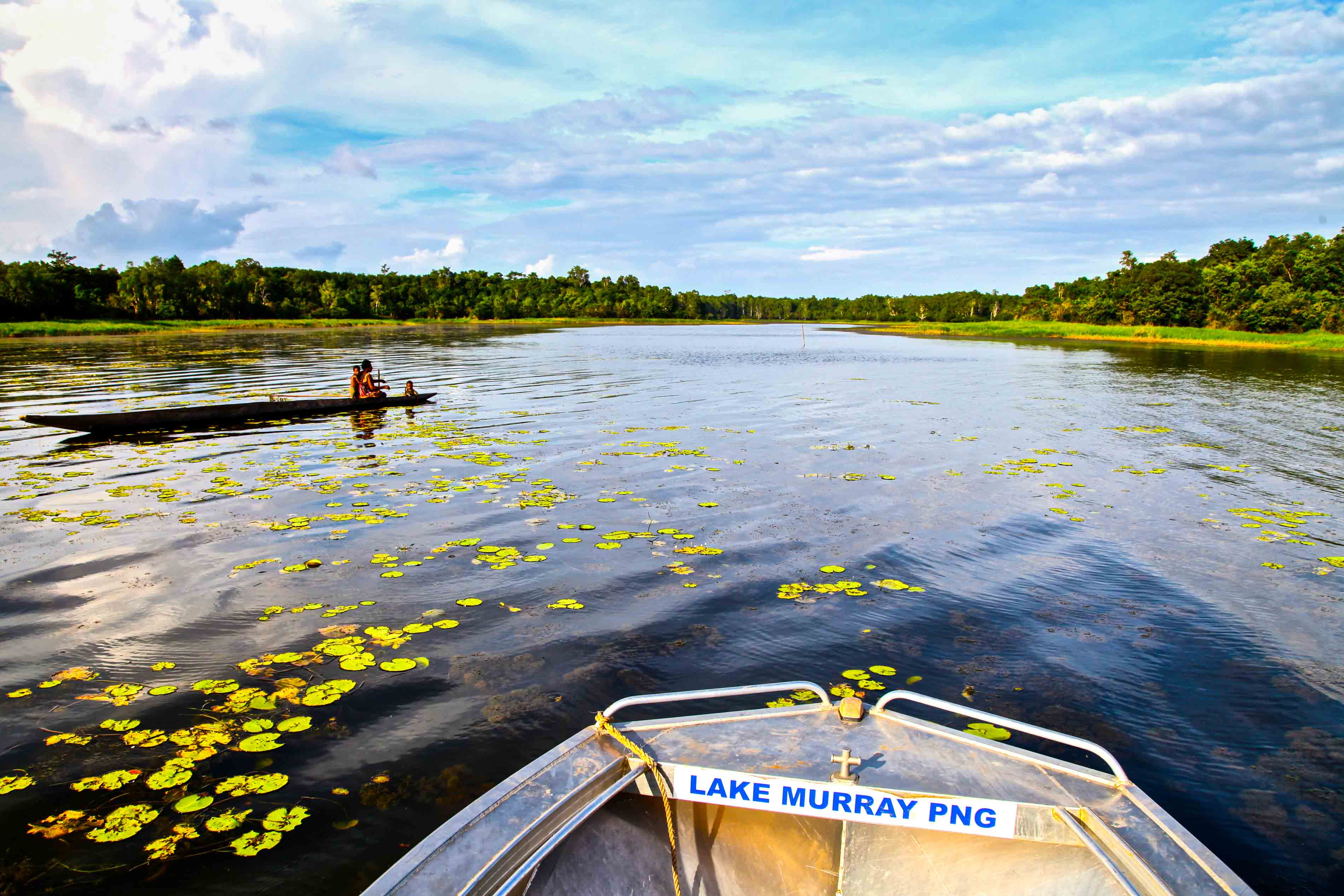 An expedition to papua new guinea 39 s lake of monsters real for Lake murray fishing hot spots
