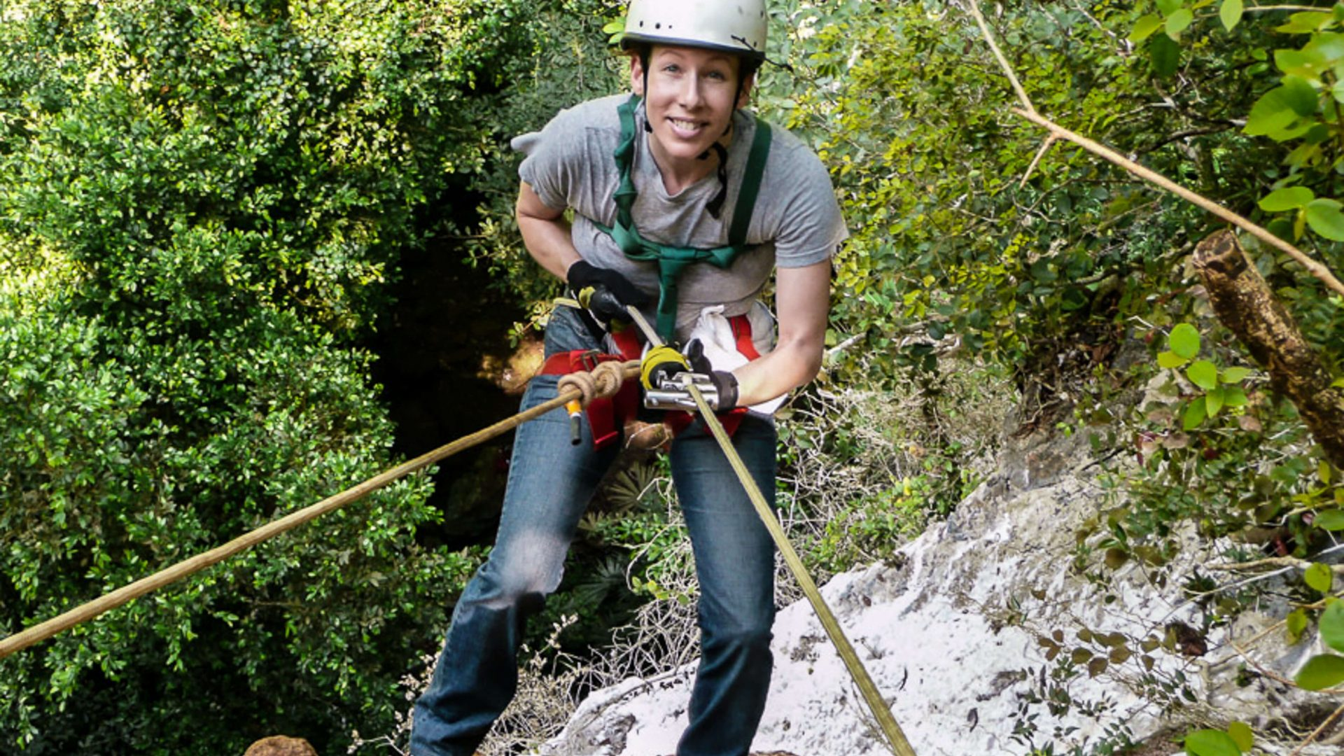Susan Portnoy abseiling.