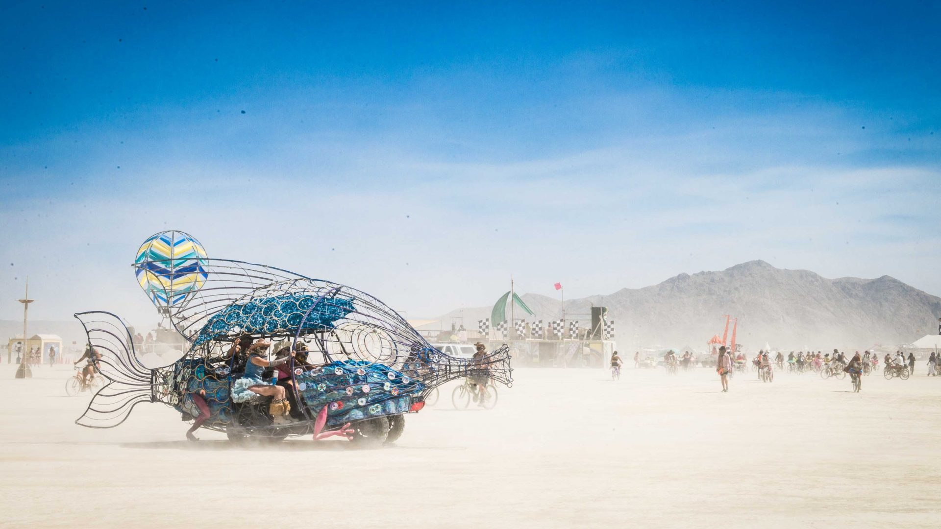 These Photos Capture The Desert Utopia Of Burning Man