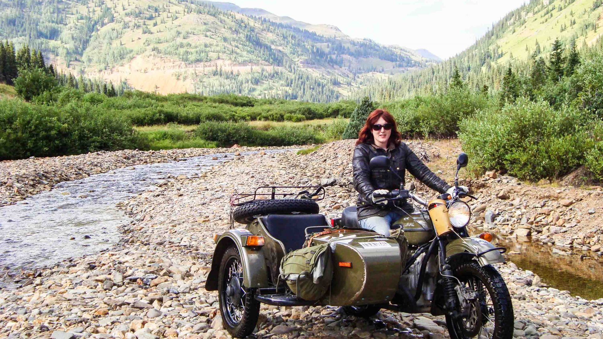 Lois with her bike and sidecar at the Ural Colorado River in the USA.