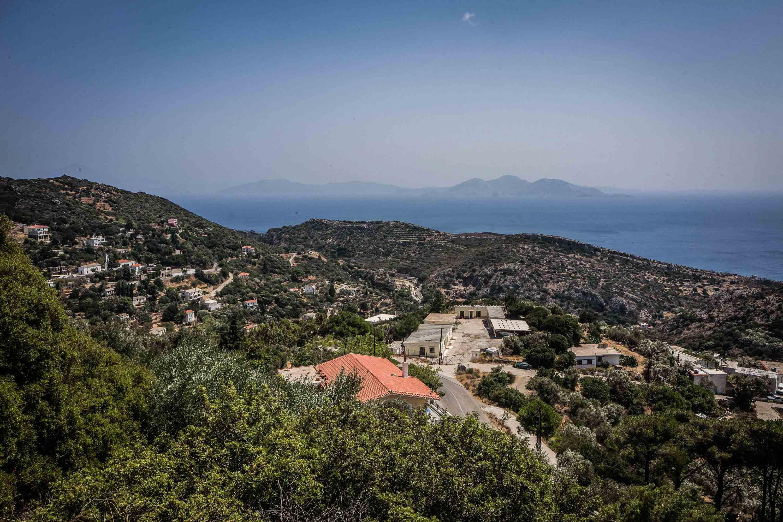 Ικαρία, μικρό χωριό στα βουνά' Φωτογραφία: Nicola Zolin