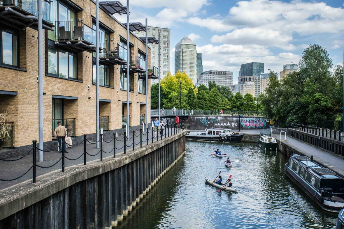 London National Park City: Canoeing in Canary Wharf, London.