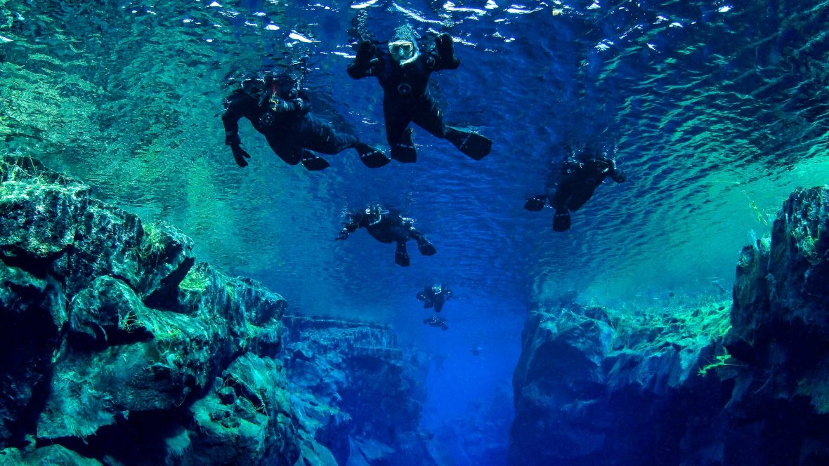 Between two continents: Snorkeling in Iceland