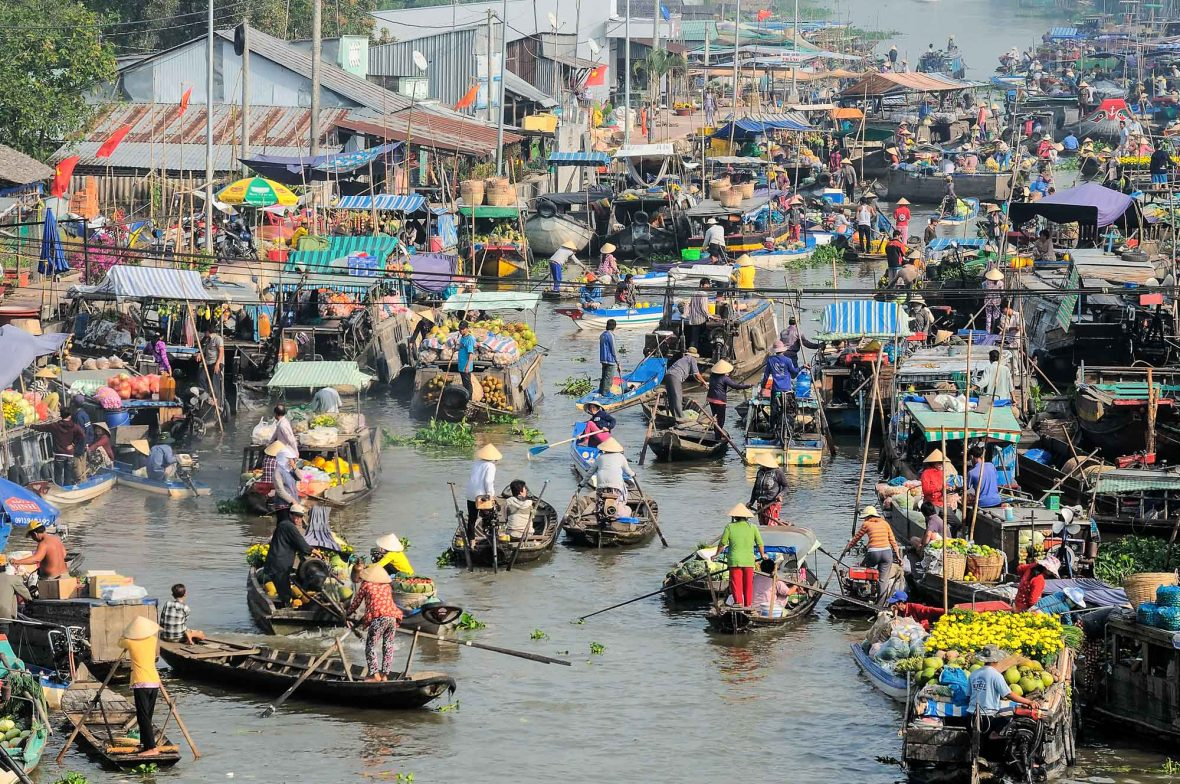 The bustling floating market at Cai Rang, Vietnam.