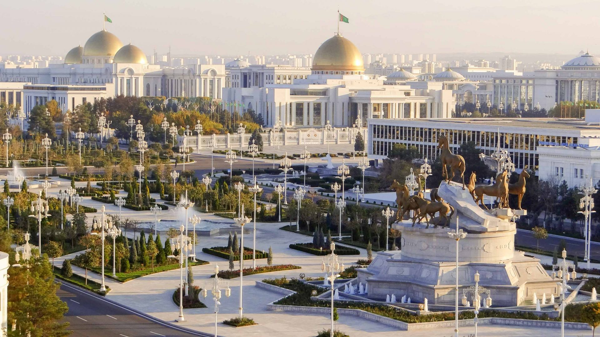 What's it like to vacation in authoritarian Turkmenistan?