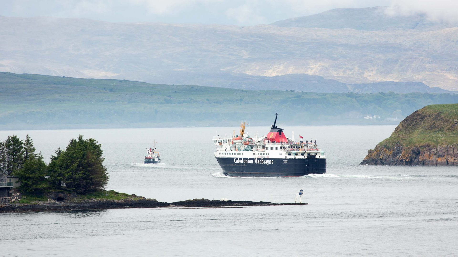Cruising Scotland's scenic Cocktail Isles—for just $20