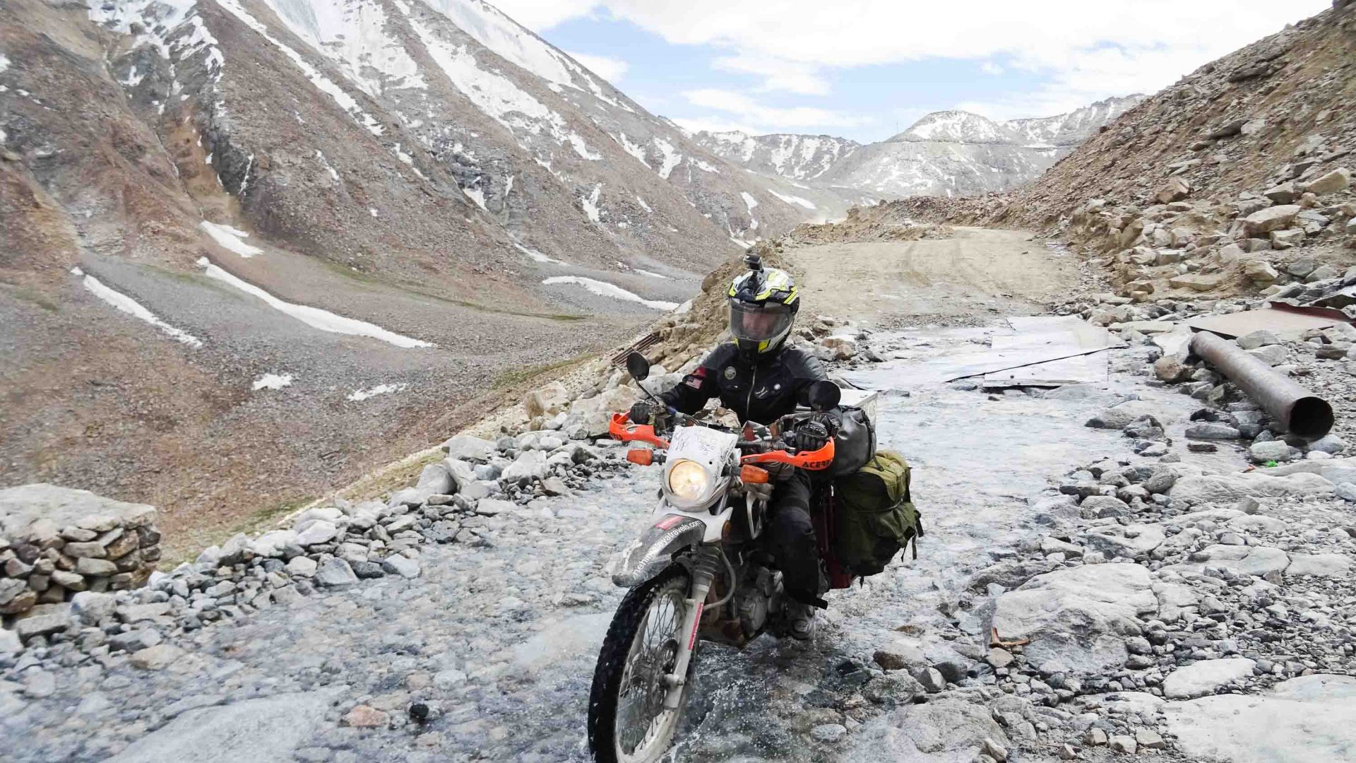 Chantal Simons with her bike in Leh, northwest India.