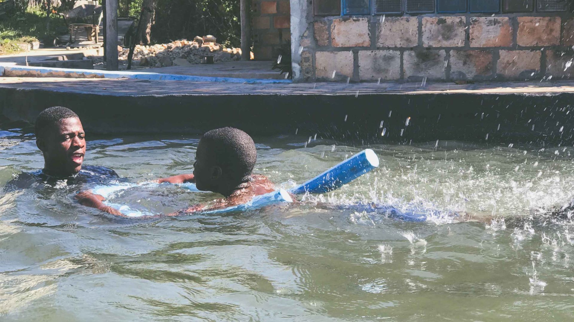 Simone teaches swimming in Tofo in southeastern Mozambique as part of the Ocean Guardians program.