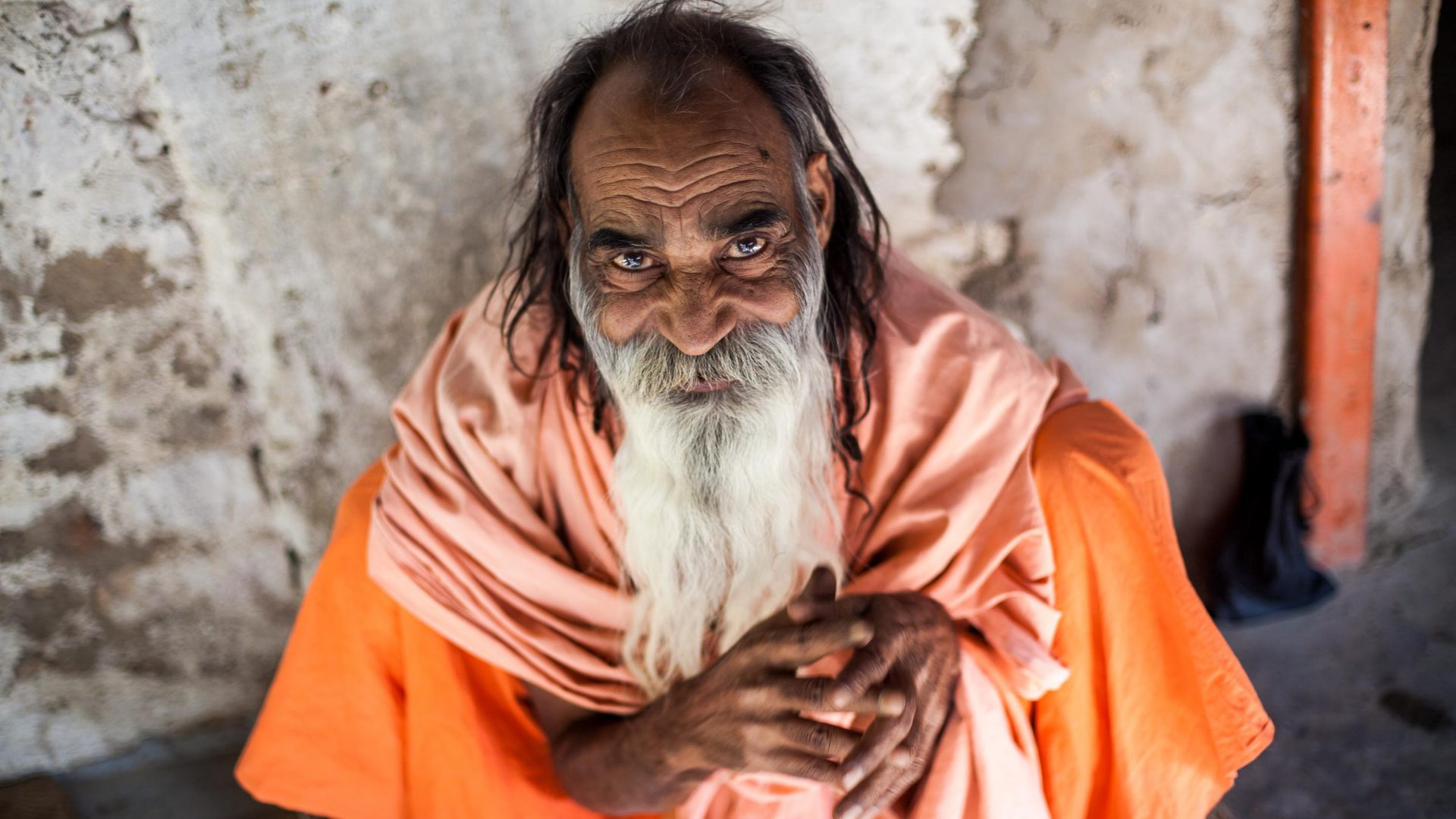 Aloo Baba, a sadhu (holy man) who only eats potatoes (aloo) and lives in the mountains around Pushkar.