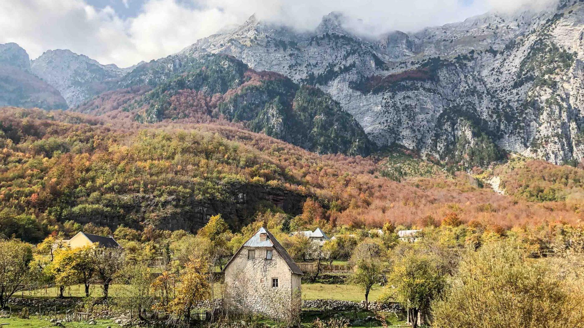 A house in the Albanian village of Theth.