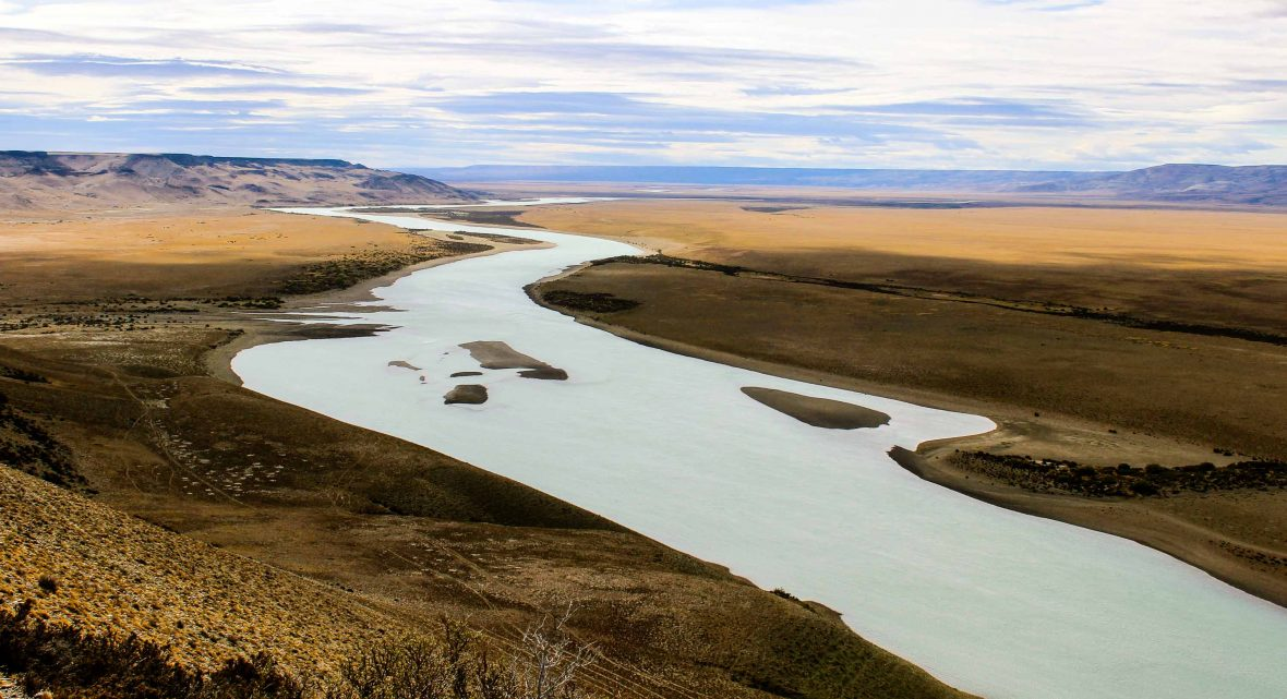 The Rio Santa Cruz winds its way through the vast plains of Argentina.