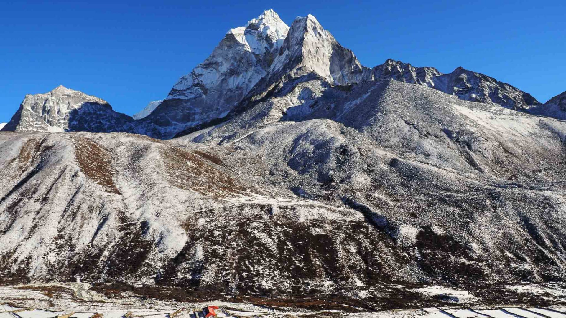 Ama Dablam is a familiar sight on the EBC trail.