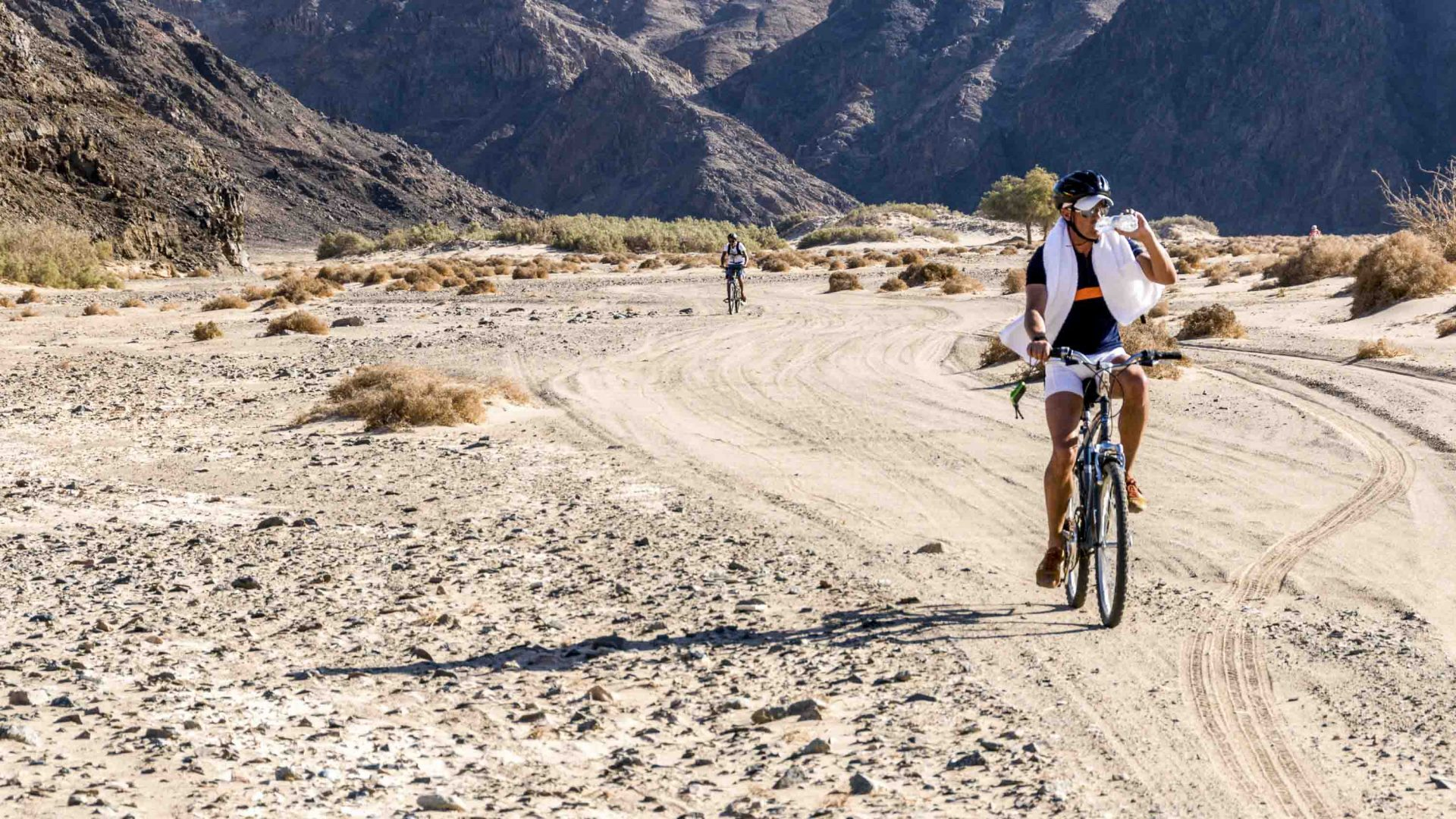 Difficult, dry, and spectacularly different: This is Egypt by bike