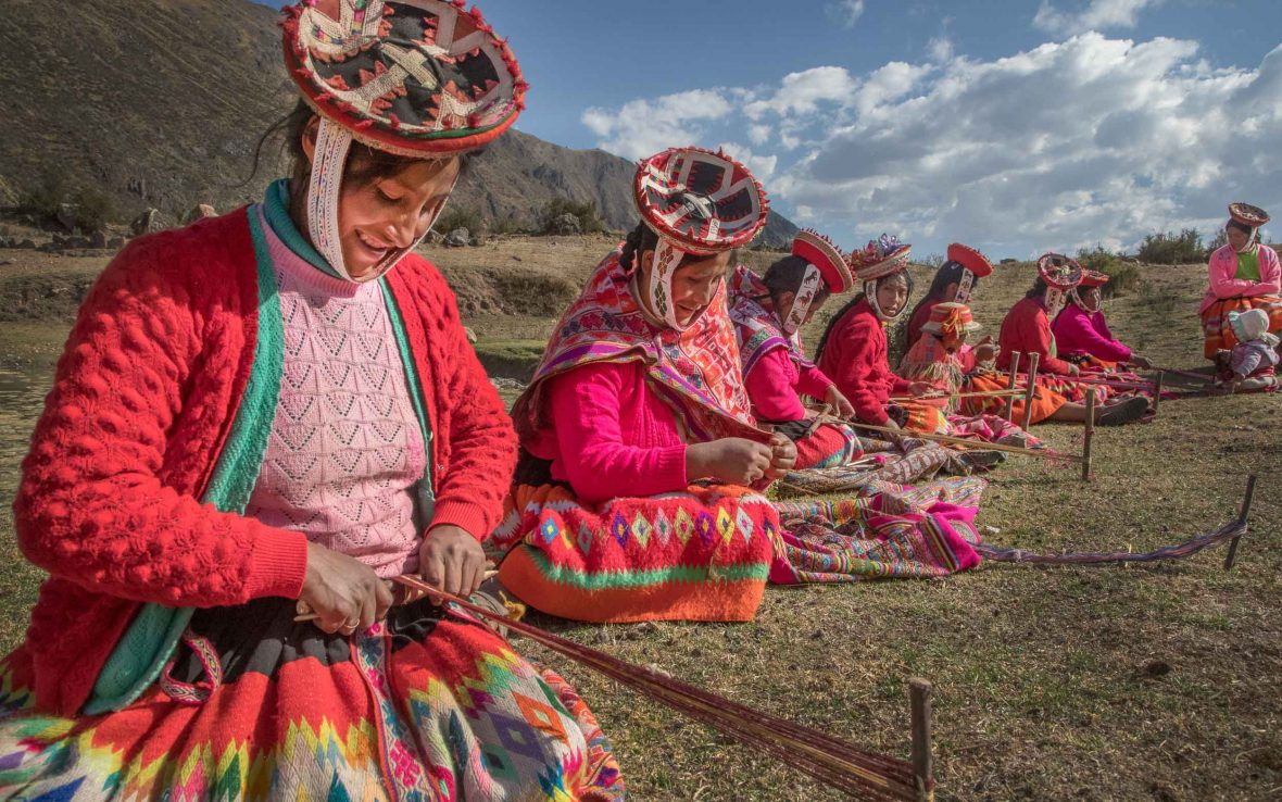 Awamaki provides Quechuan weaving cooperatives with the training and design expertise needed to broaden their market.