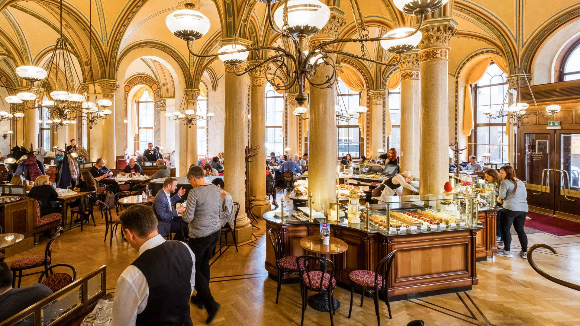 No phones, no wi-fi: The Viennese cafés that force you to talk to strangers