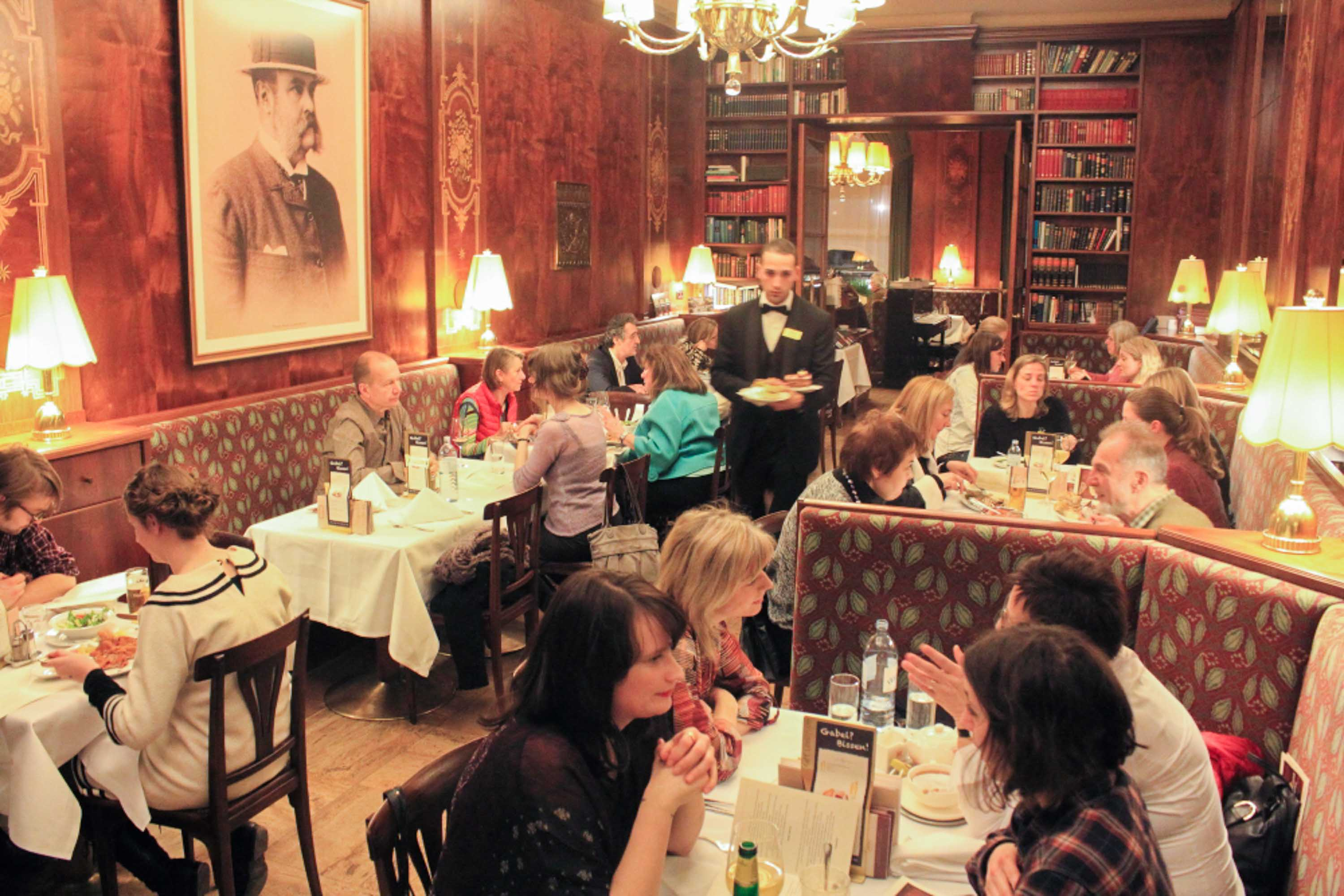 The Viennese cafés that force you to talk with strangers