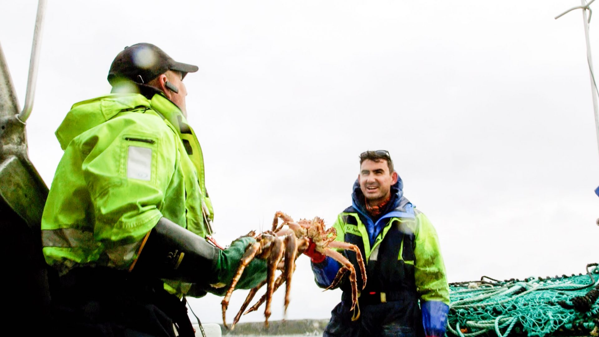 Simon helps to trap invasive crabs in the Arctic Ocean around Honningsvåg, Norway, during his epic journey across the Scandinavian Peninsula.