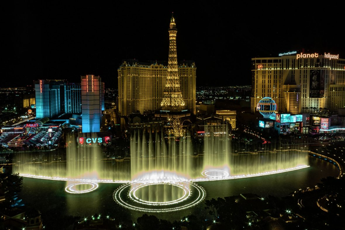 The Bellagio hotel and fountains, Las Vegas.