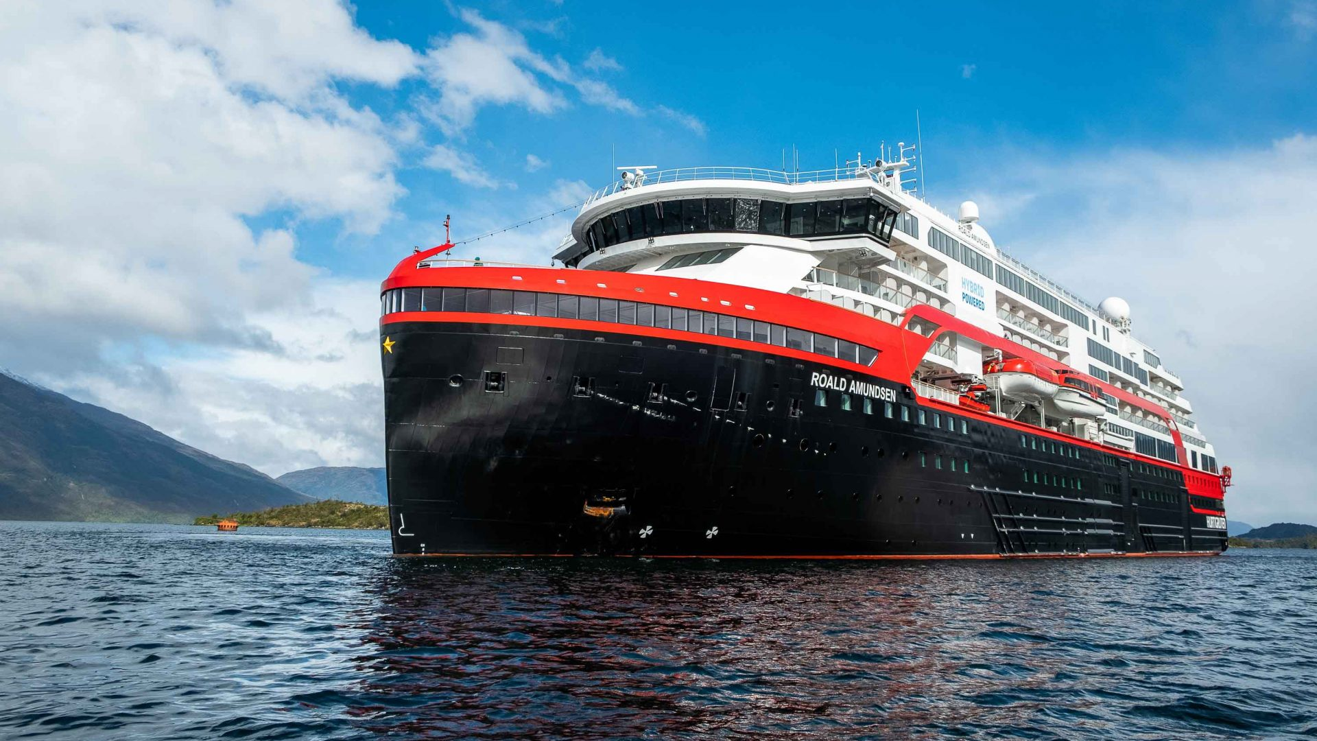 Can the world's first hybrid cruise ship make Antarctic voyaging 'greener'?