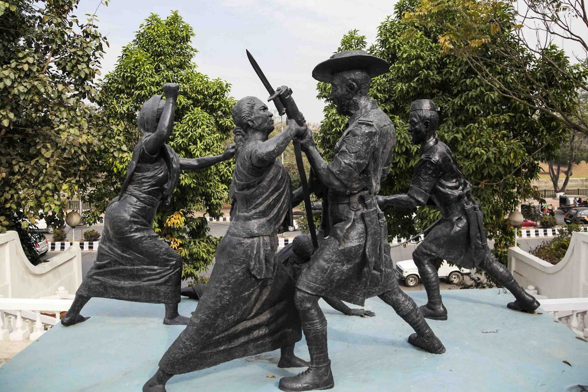 Nupi Lan memorial commemorates the Women's War in the 1930s when the Imas protested the excessive exports of local rice to British battalions in other territories.