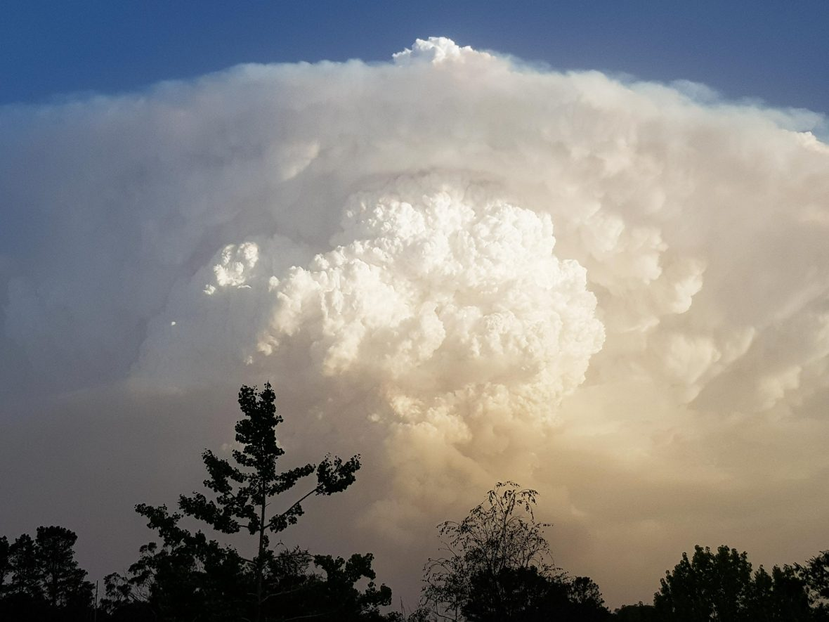A pyrocumulonimbus cloud above Bundanoon in January 2020.